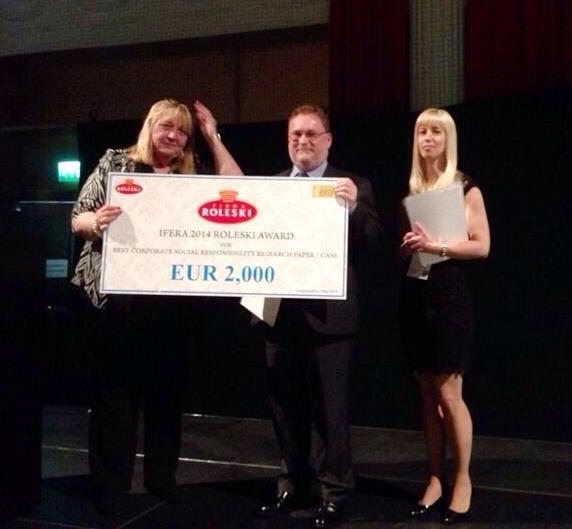 Cef UGR Premio IFERA2014
